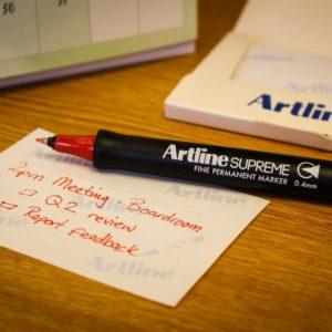 Тонкий перманентный маркер Artline Supreme EPF-725